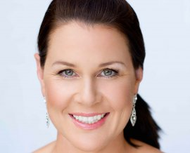 Julia Morris - After Dinner Entertainers